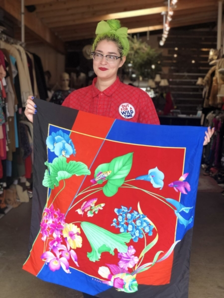 Hotbox-Vintage-South-Pasadena-California-Accessories-Scarves-5463