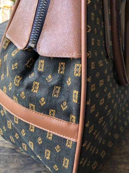 Hotbox-Vintage-South-Pasadena-California-Clothing-Accessories-2558
